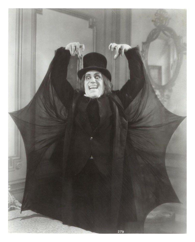 Lon Chaney London After Midnight Vampire Bat Cape